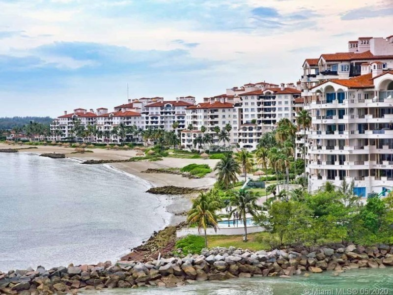 5212 Fisher Island Dr #5212 Miami Beach 33109 Estee Soto